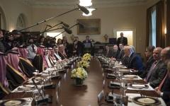 الصورة: ترامب: سنقطع العلاقات مع أي دولة تمول الإرهاب