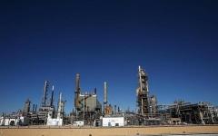 الصورة: النفط يقفز أكثر من 2%