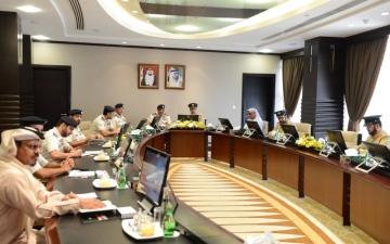 الصورة: قائد شرطة أبوظبي: شرطة دبي طوّعت التقنيات لحفظ أمن المجتمع