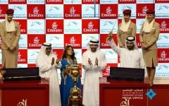"""الصورة: """" ثندر سنو """" لجودولفين يفوز بجائزة كأس دبي العالمي للخيل"""
