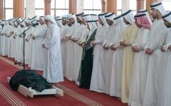 الصورة: الحكام يتقبلون التعازي في وفاة أحمد القاسمي