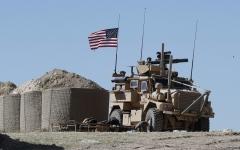 الصورة: ترامب يمدد بقاء القوات الأميركية في سوريا