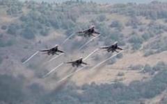 الصورة: مقتل 14 شخصاً بينهم ايرانيون في قصف مطار التيفور بسوريا