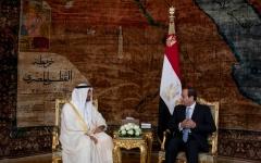 الصورة: محمد بن زايد و الرئيس المصري يبحثان العلاقات الثنائية والتحديات التي تواجه المنطقة