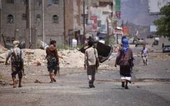 الصورة: بإسناد قواتنا.. تدمير تعزيزات للحوثي في تعز