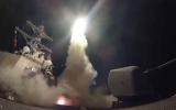 الصورة: ضربات صاروخية لسوريا وانفجارات ضخمة في دمشق