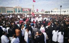 الصورة: تونس.. نزيف الكفاءات يتواصل