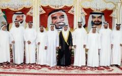 الصورة: نهيان بن مبارك يحضر أفراح الهنائي