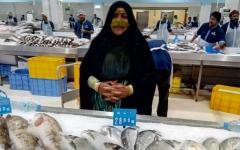 الصورة: الصورة: «منا وفينا» تعيد الجدّات إلى دكة السمك