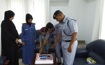 الصورة: شرطة عجمان تحقق أمنية طفلين