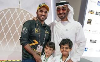 طارق الحمادي: ابني حقق حلمه بمصافحة محمد بن زايد