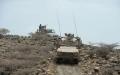 الصورة: بإسناد من قواتنا..مدفعية التحالف تتقدم إلى مواقع جديدة باتجاه مفرق المخا