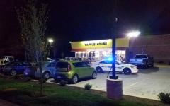 الصورة: مقتل 4 أشخاص بإطلاق نار داخل مطعم في أميركا
