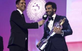 صلاح: فخور بالحصول على جائزة أفضل لاعب في إنجلترا