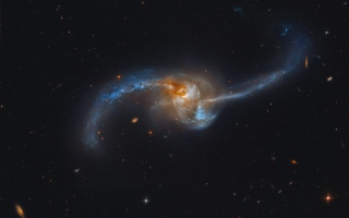 الصورة: لغز انصهار النجوم في مجرات ضخمة يذهل العلماء