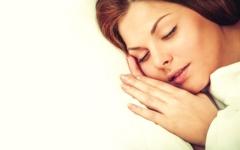 الصورة: النوم 9 ساعات يضاعف خطر الزهايمر