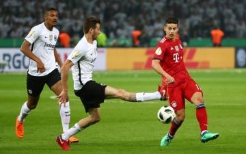 الصورة: فرانكفورت يتوّج بلقب كأس ألمانيا