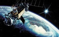 الصورة: الصين تطلق قمرا صناعيا للاستماع إلى أصول الكون