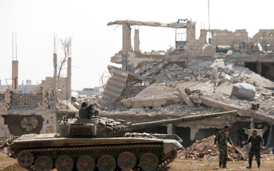 الصورة: إجلاء أول دفعة لعناصر «داعش» من جنوب دمشق