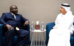 الصورة: عبدالله بن زايد يبحث التعاون مع وزير الشؤون الخارجية الأوغندي