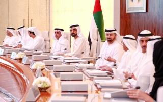 الإمارات تمنح المستثمرين والكفاءات التخصصية إقامة 10 سنوات