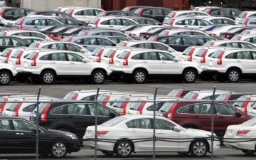 الصورة: شحنات السيارات تنعش صادرات اليابان في أبريل