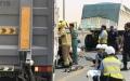 الصورة: وفاة 3 أشخاص في حادث تصادم بين مركبتين بأم القيوين