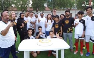 """الصورة: الصورة: """"شباب الأهلي دبي"""".. 180 دقيقة تغيّر حياة 40 يتيماً"""