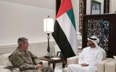 الصورة: محمد بن زايد يبحث التنسيق العسكري مع أميركا