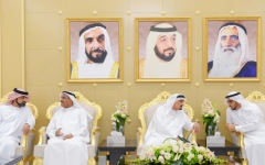 الصورة: الحكام يواصلون استقبال المهنئين بشهر رمضان