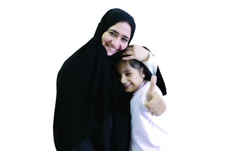 الصورة: عائشة الشامسي تفتح نافـذة أمل لأطفال التوحد