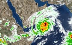 """الصورة: الأرصاد: إعصار """"مكونو"""" يصل السواحل العمانية صباح السبت"""