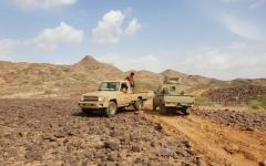 الصورة: معركة الساحل الغربي تقطع شريان الميليشيا