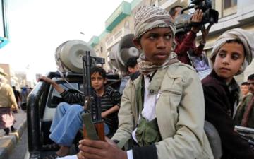الصورة: الحوثيون.. آلة لصناعة الموت بحق أطفال اليمن