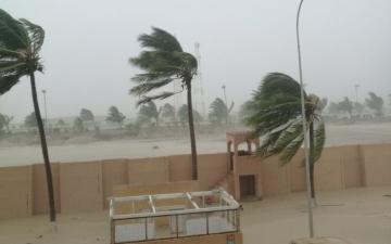 الصورة: عُمان: وفاة وفقدان 5 أشخاص جراء إعصار مكونو