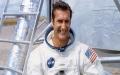 الصورة: وفاة رائد الفضاء الأمريكي ألان بين عن 86 عاما