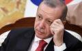 الصورة: اردوغان يتوسل الأتراك تحويل مدخراتهم إلى الليرة