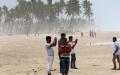 الصورة: عمان تعلن عطلة مصرفية 3 أيام في منطقة ظفار إثر الإعصار