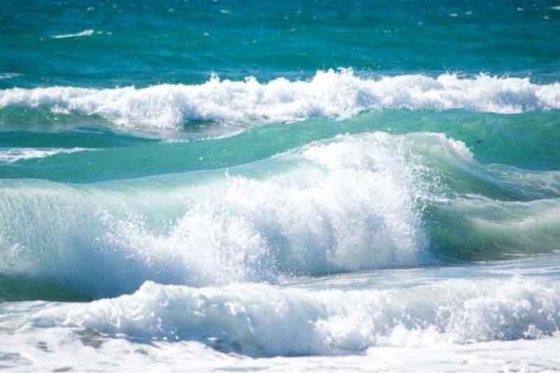 """""""الأرصاد"""" يحذر من استمرار اضطراب البحر"""