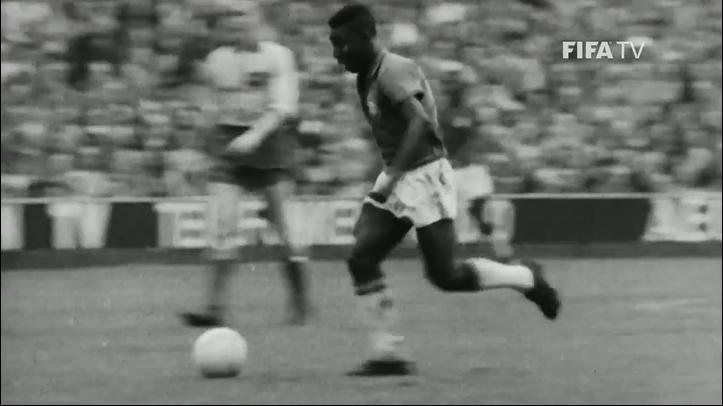 بالفيديو.. تعرف إلى اللاعب الفائز 3 مرات بكأس العالم