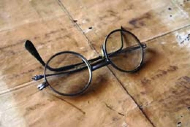 8af107fdf تاريخ النظارات في ثقافات الشعوب - البيان