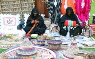 الصورة: فنون التراث تضيء فعاليات حي الفهيدي في العيد