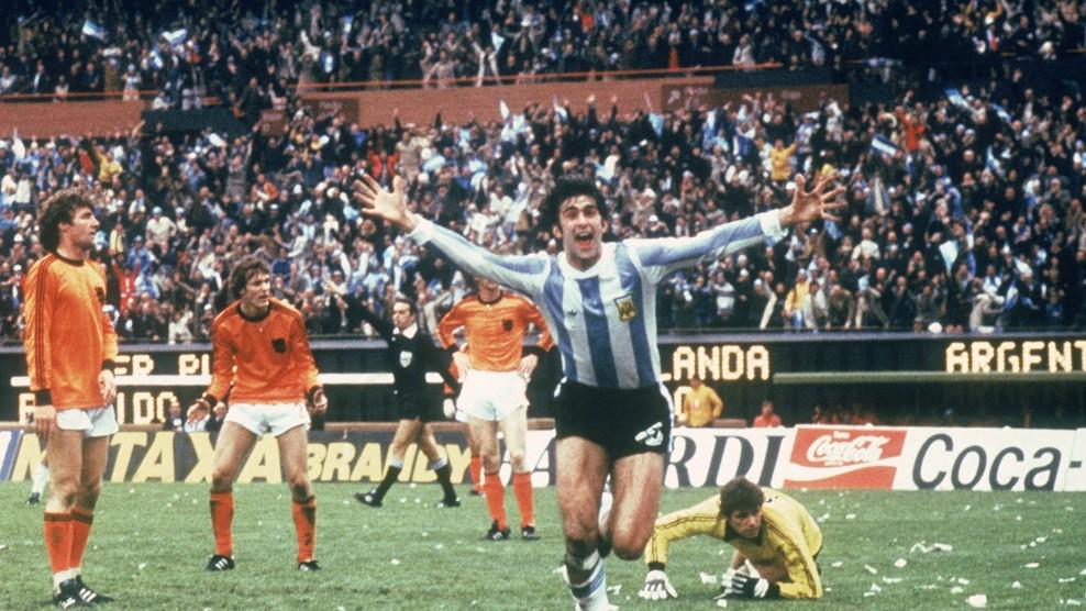كيمبس يتوّج الأرجنتين لأول مرة
