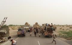 الصورة: قواتنا تساند ألوية العمالقة في اقتحام مطار الحديدة