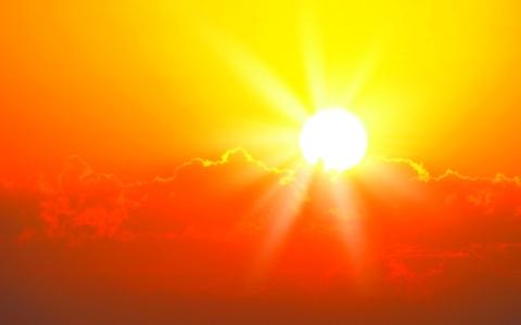 الصورة: الطقس الحار يؤثر سلباً على أداء الطلبة في الامتحانات