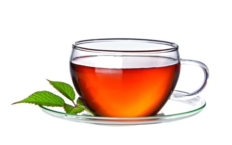 الصورة: شرب الشاي بعد الأكل خطر على الصحة