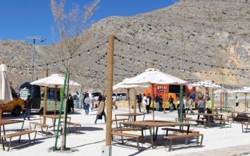 الصورة: 21500 عائلة تحتفل بالعيد أعلى قمة جبل جيس برأس الخيمة