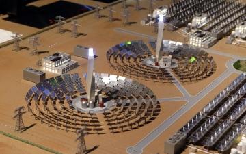 الصورة: 20 مليار درهم استثمارات دبي في الطاقة الشمسية