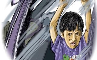 الصورة: إهمال الوالدين يخنق طفلهما داخل المركبة