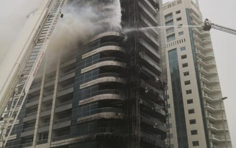 الصورة: خلل في التوصيلات الكهربائية تسبّب في حريق «ذا زين»